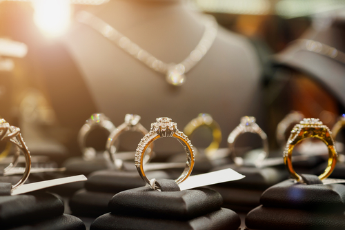 Visit The Top 10 Ultimate Jewelers In The Metro Phoenix Area